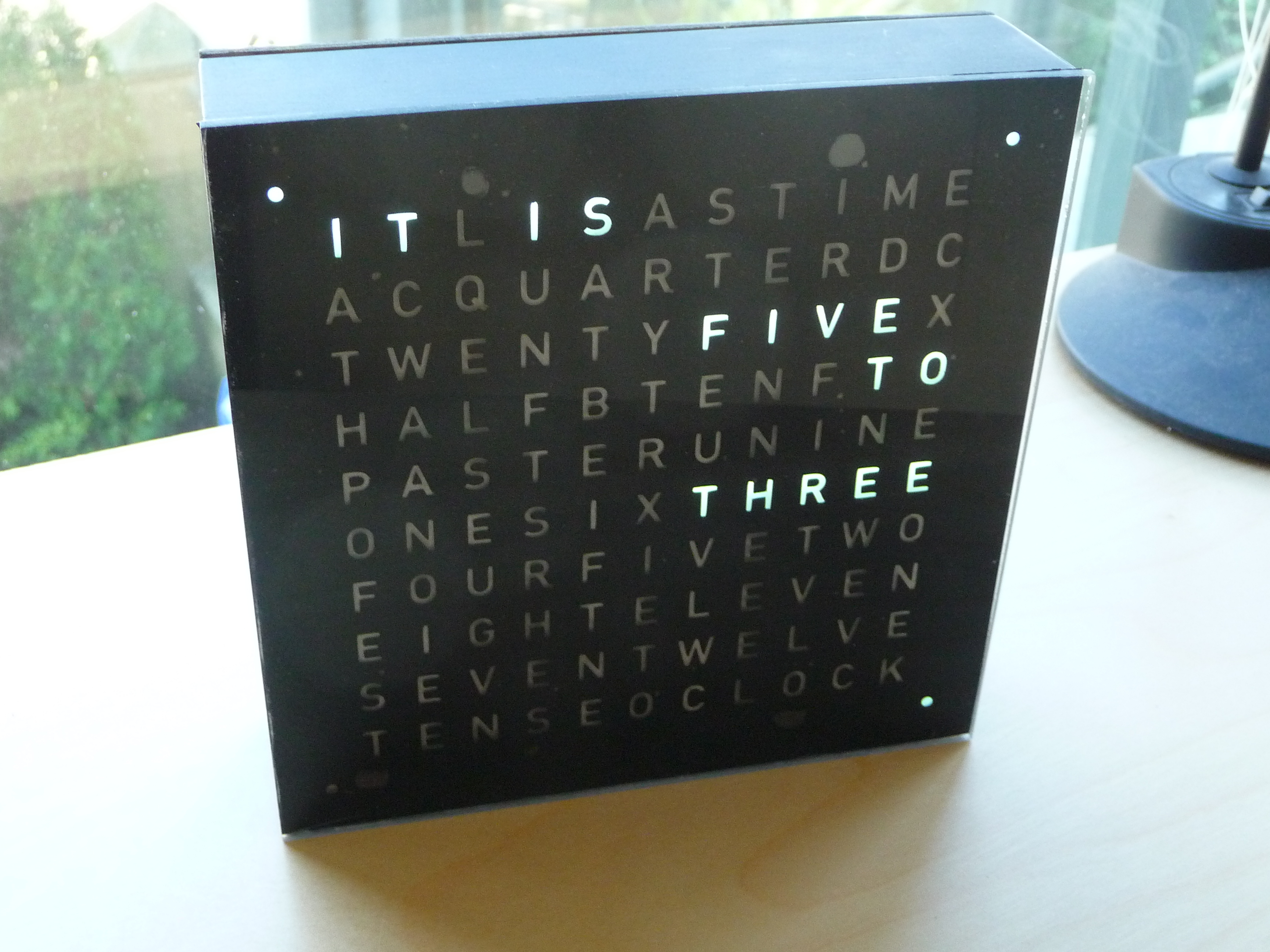 how to connect word clock